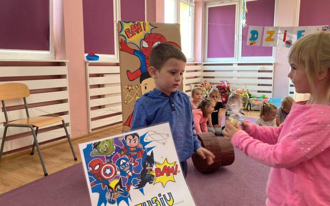 Dzień Chłopca – silny jak Hulk,szybki jak Iron Men